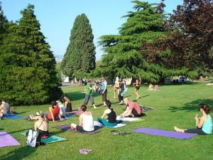 1305979453_206041390_1-Pictures-of--Yoga-Dublin-Increase-Flexibility-Gain-Muscle-Strength-Reduce-Stress-Body-Awareness
